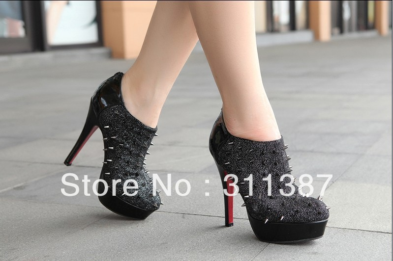 Free-drop-shipping-Spike-Stud-Ankle-Booties-rivets-punk-shoes-Platform-fashion-Boots-for-women-red